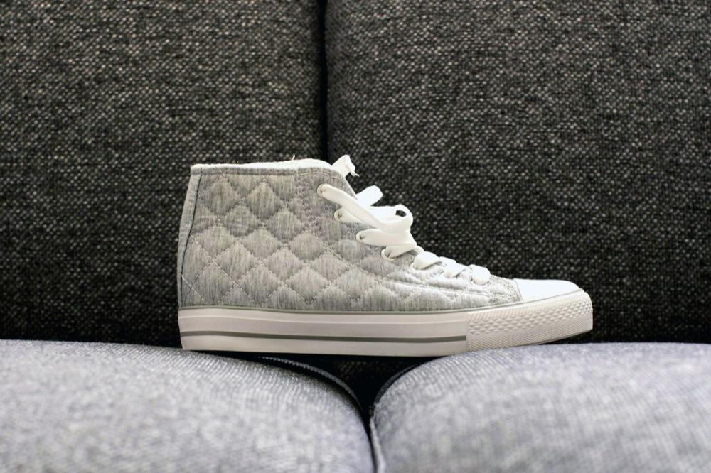 Копия gray shoe bw 2