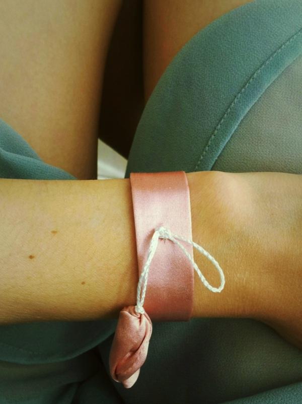 pink bracelette 3