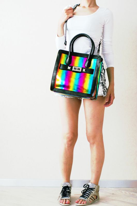 ootd with stripy bag